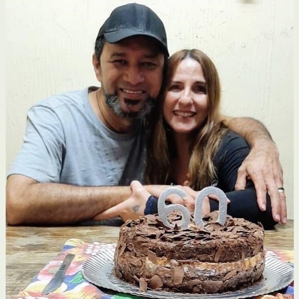 O cantor e compositor César Nascimento comemora o seu aniversário e quarenta anos de música. Em destaque aqui na Portfólio Vip