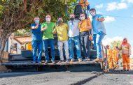 Em Dom Pedro, Othelino vistoria obras de asfaltamento realizadas por sua solicitação. Em destaque aqui na Portfólio Vip