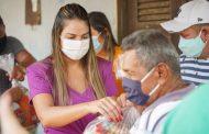 Ação Social: Vice-prefeita Ana Paula entrega cestas básicas em povoados de Pinheiro. Em destaque aqui na Portfólio Vip