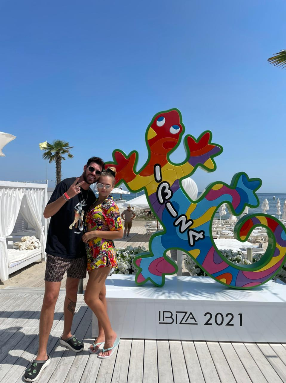 Diego Aguiar e Alexandra Maks curtindo o verão em Ibiza. Em Destaque aqui na Portfólio Vip